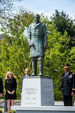Bob McDonald at Grant Statue Ceremony
